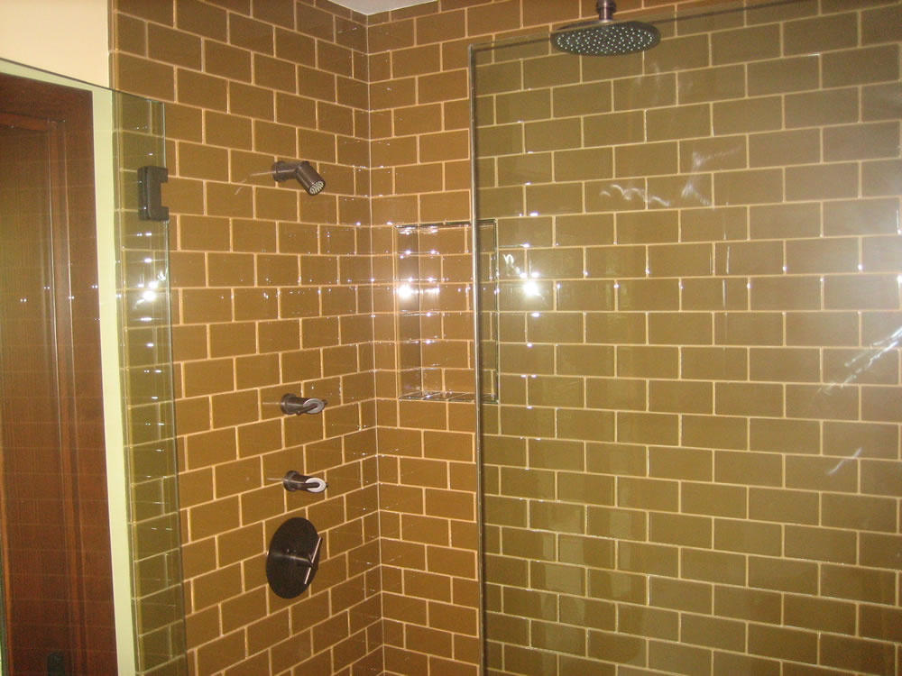 Tile Showers And Tubs In Pomona Valley California The