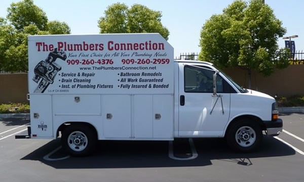 the-plumbers-connection-truck
